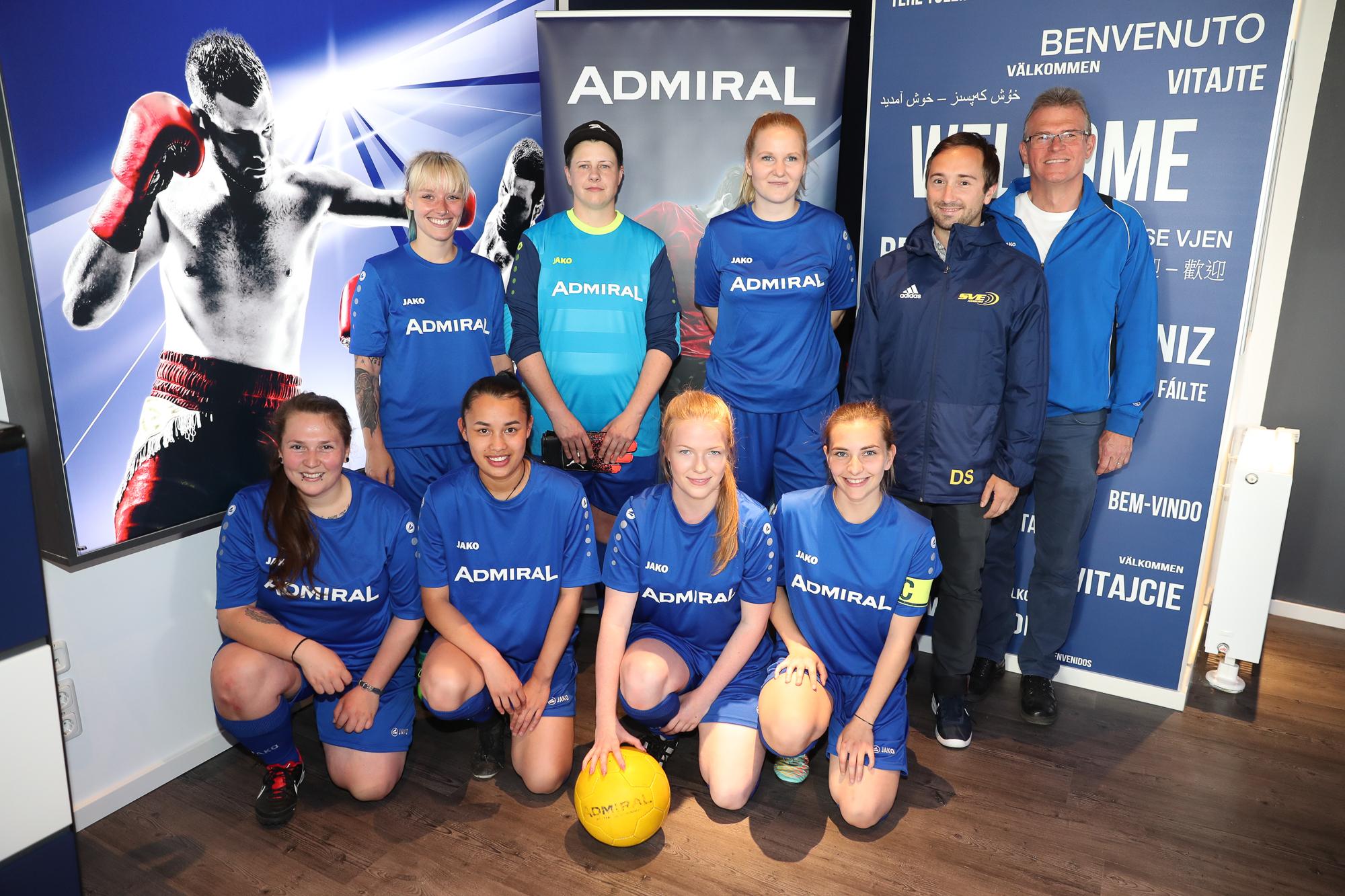 Fußball-Frauen haben mit Vorbereitung begonnen
