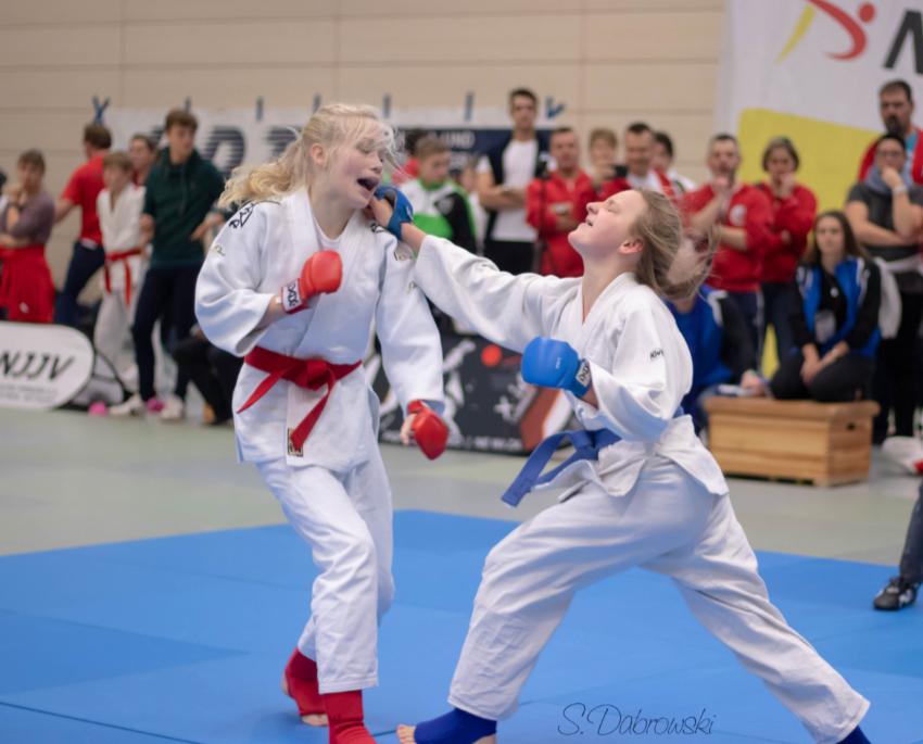 Ju-Jutsu-Kämpfer mit starken Leistungen beim xmas-Turnier