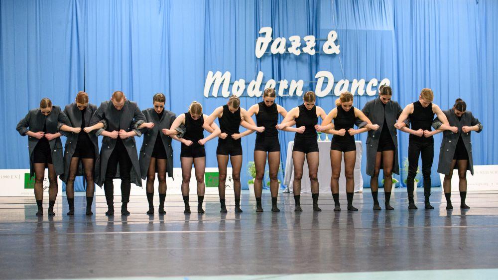 Bundesliga-Tänzerinnen gleich auf dem Treppchen