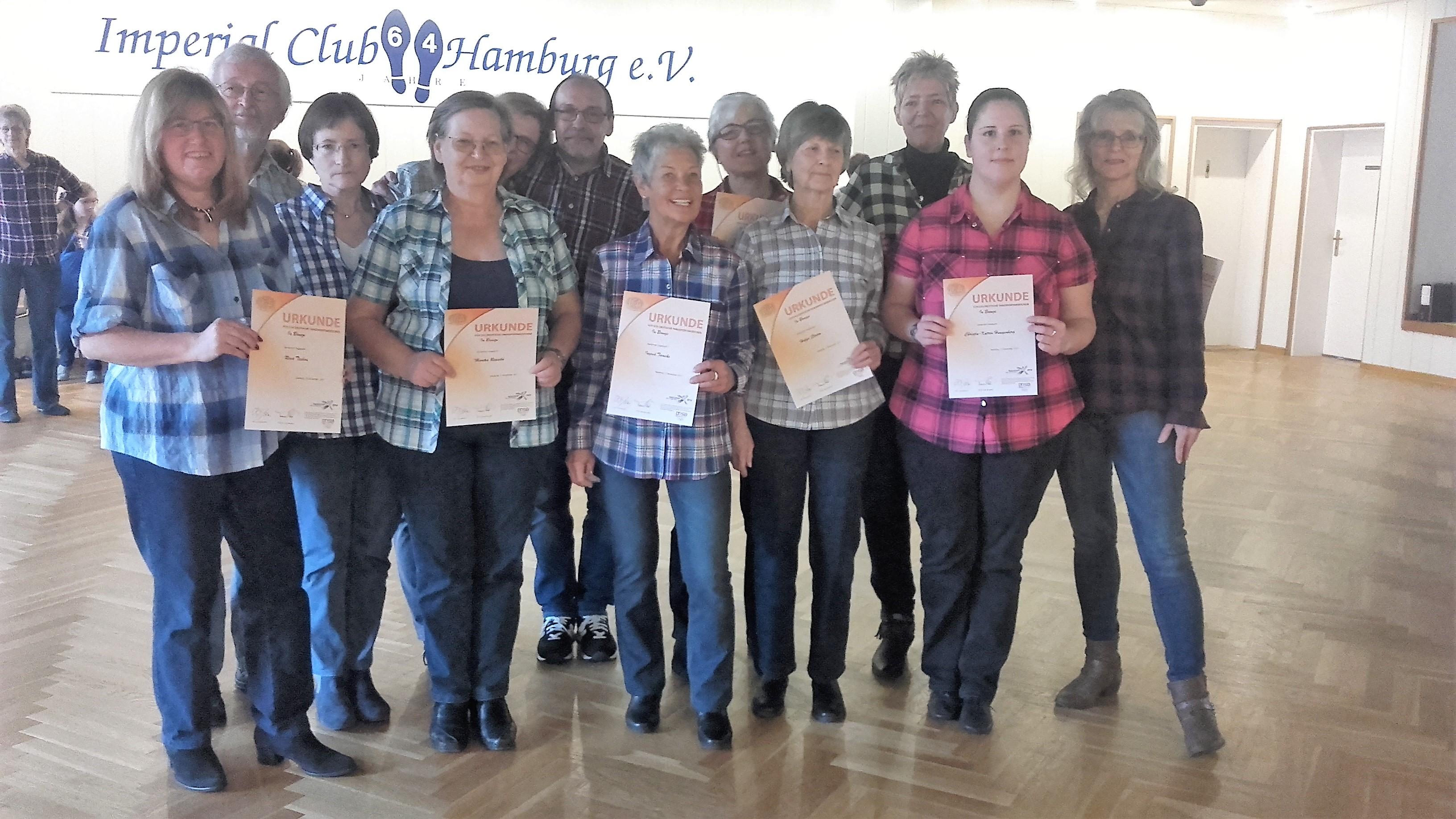 Erfolgreiche Bronze Prüfung im Line Dance