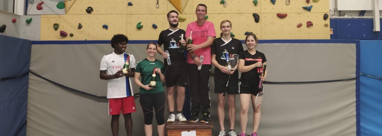 Spaß und Stimmung beim Badminton-Sommerfest