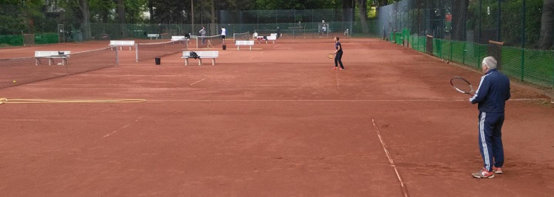 Es wird wieder Tennis gespielt!